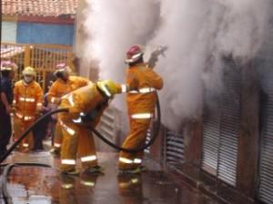 bomberos_accion-320x240