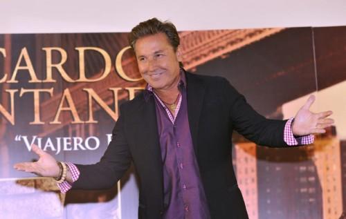 "Cantautor Venezolano Ricardo Montaner presenta su ""Viajero Frecuente"""