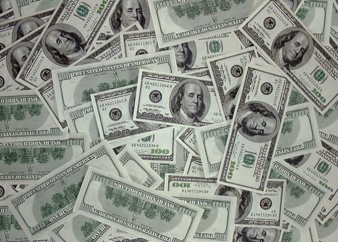 dolaresfinan