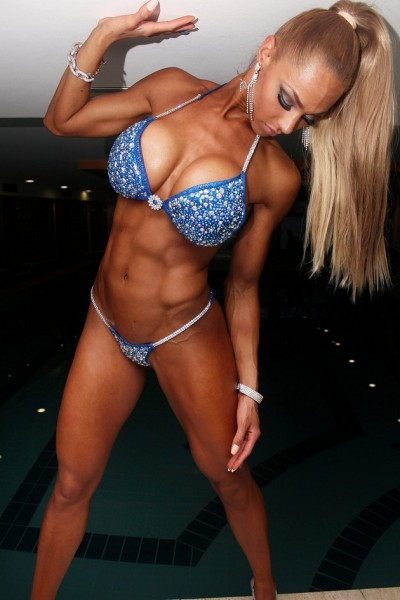 Mamada de chicas musculosas