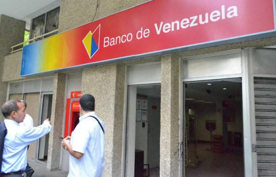 Banco de venezuela reduce l mite para retiros en cajeros for Banco venezuela online