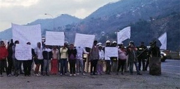 Protestaron en la GMA a altura de Ciudad Tablita por falta de agua (1)