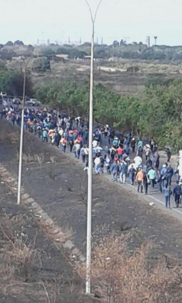 Trabajadores de Sidor protestan y exigen aumento salarial  (1)