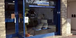 Le caen a tiros al Diario Los Andes, FOTOS (3)