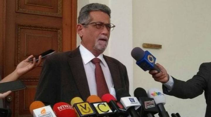 Américo De Grazia denuncia una supuesta nueva masacre en Tumeremo