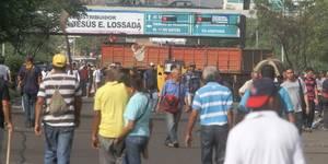protestaron-en-maracaibo-por-incremento-del-kilo-de-pollo-hasta-a-4-200-bolivares