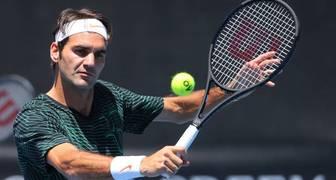 Federer continúa en busca de su octava corona en Wimbledon