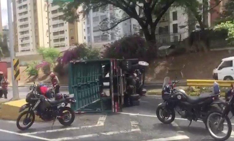 Varios accidentes en la Autopista Francisco Fajardo