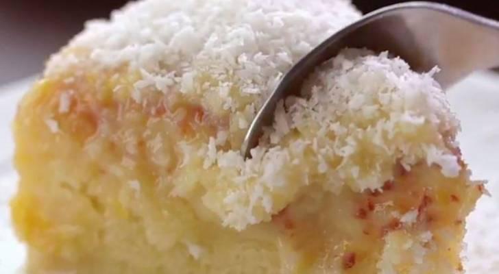torta esponjosa de coco