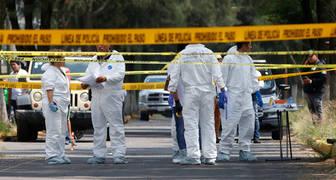 Hallan muerto a periodista dentro del baúl de su auto en México