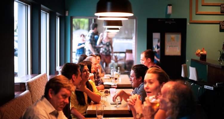 Reglas de comportamiento en la mesa