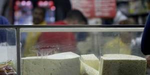 El kilo de semiduro blanco supera los tres mil 600 bolívares.