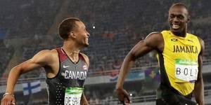El jamaiquino Usain Bolt y el canadiense Andre de Grasse cruzaron la meta en su semifinal de los 200 metros entre risas, bromeando, pero un poco en serio. Bolt se quería dejar llevar en los últimos metros, pero se vio sorprendido por el empujón final de De Grasse.