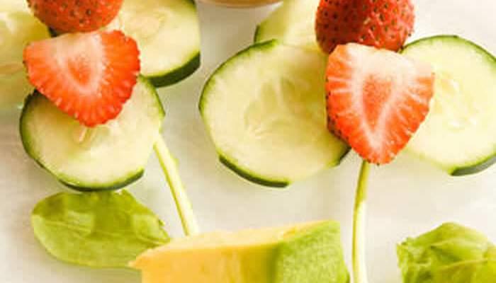 Ensalada de aguacate y fresas