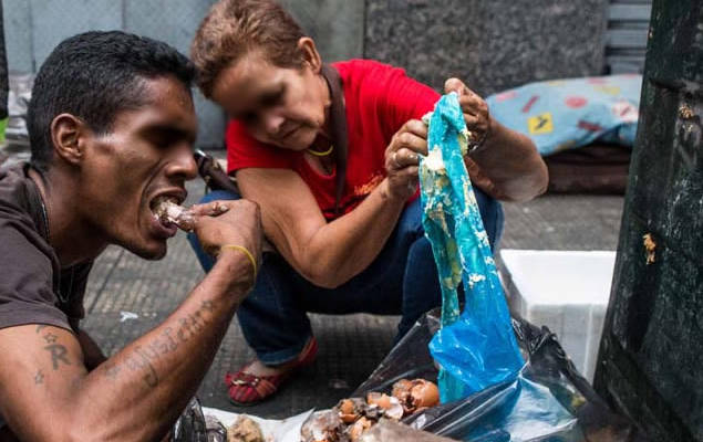 Fotos de Venezolanos Comiendo en la Basura, de lo que no