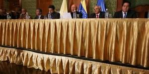 Lea los 5 acuerdos que cuadraron PJ, AD y UNT con el gobierno (La mayoría de partidos de la MUD no están en el diálogo)