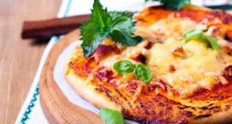 PIZZA CON PAN DE PITA