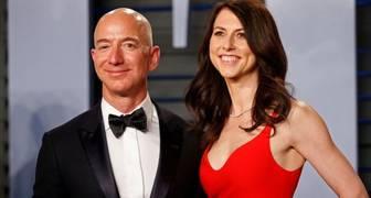 Jeff Bezos, y MacKenzie Bezos