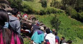 veinte venezolanos resultaron heridos tras un accidente en Ecuador