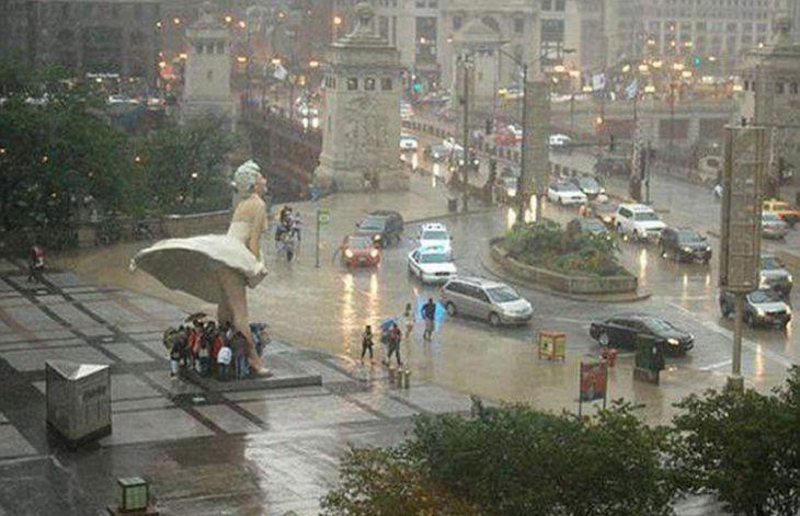 UN DIA DE LLUVIA EN CHICAGO