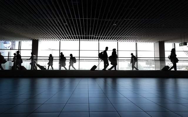 EEUU pide a sus ciudadanos a no viajar al extranjero y a regresar si pueden