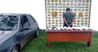 GNB capturó a ciudadano con 20 panelas de droga en el estado Bolívar