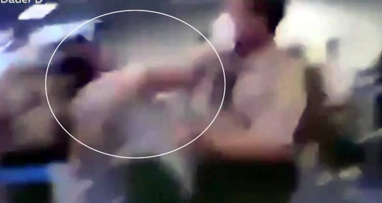 MIAMI POLICIA GOLPEA MUJER