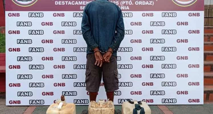 Detenido por la GNB cuando hurtaba combustible en las instalaciones de PDVSA