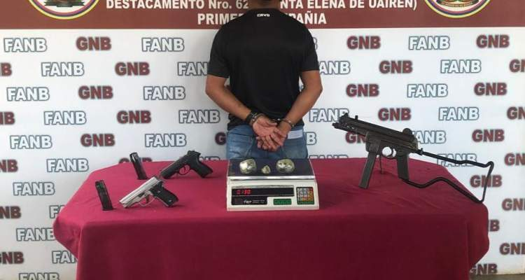GNB aprehende a dos hombres con droga y armas de fuego