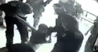 POLICIAS EN MEXICO TORTURAN Y MATAN A JOVEN