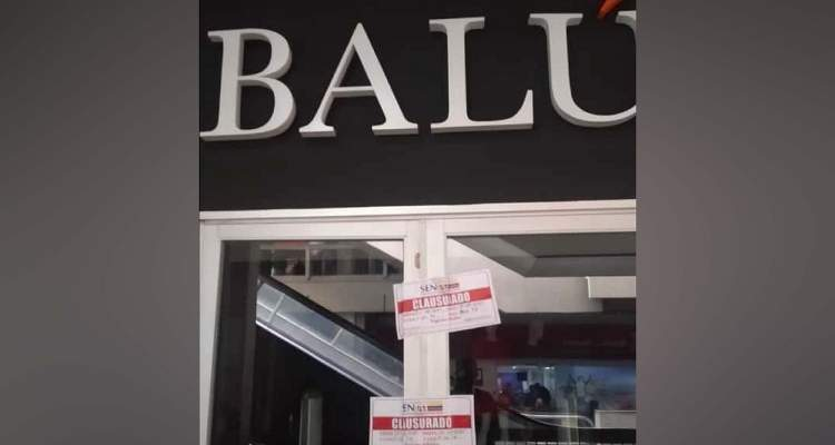 EN VENEZUELA; Clausuran tienda por prohibir la entrada a una joven en silla de ruedas